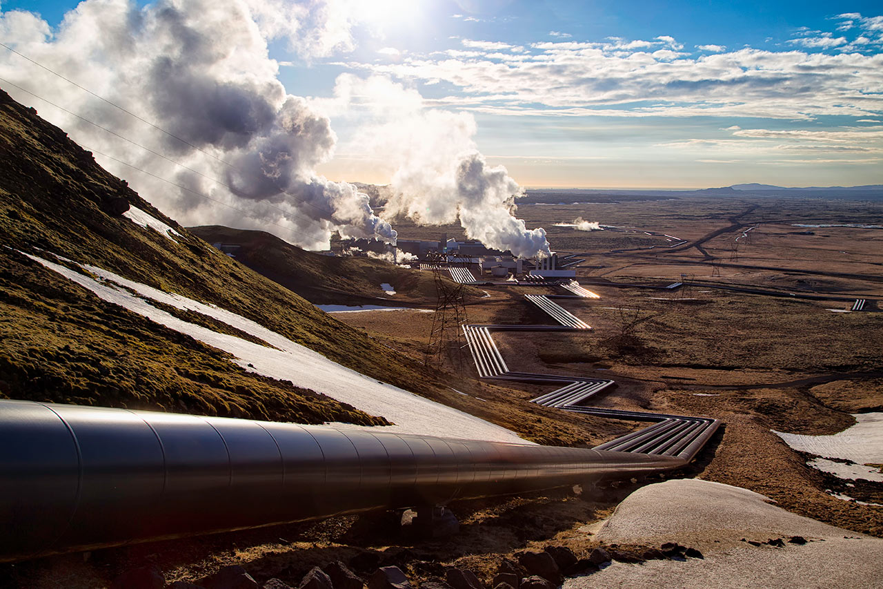 Clean geothermal heat deep from the earth