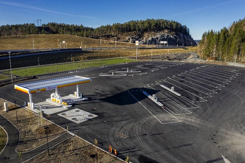 Shell Tvedestrand - Trailer - parkering